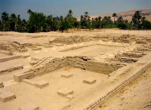 Tell el-Amarna définition + 3 vidéos dans Archéologie tellelamarna01