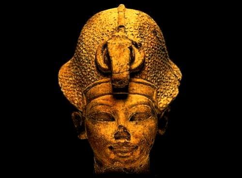 Amenhotep III définition + 4 vidéos dans Archéologie amnophis301