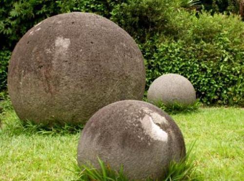 Sphères mégalithiques du Costa Rica définition dans Archéologie spherescostarica01